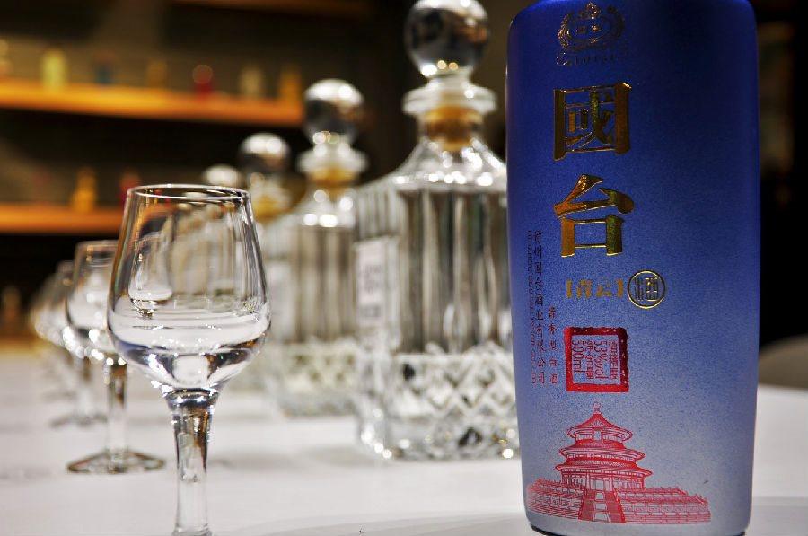 糯红高粱的秘密反应,一杯酱香国台青云酒的时间旅行